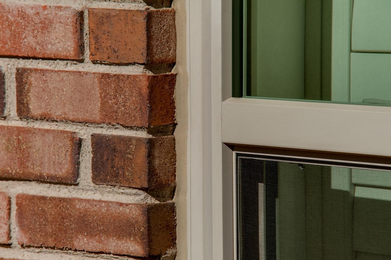 brennan-traditions-window-single-hung-close-up