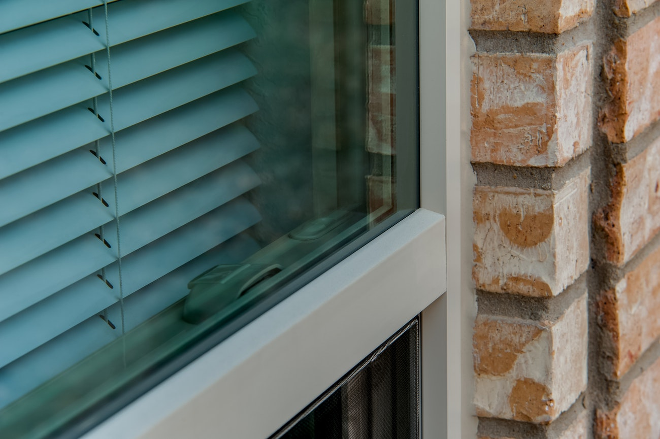 brennan-traditions-single-hung-window