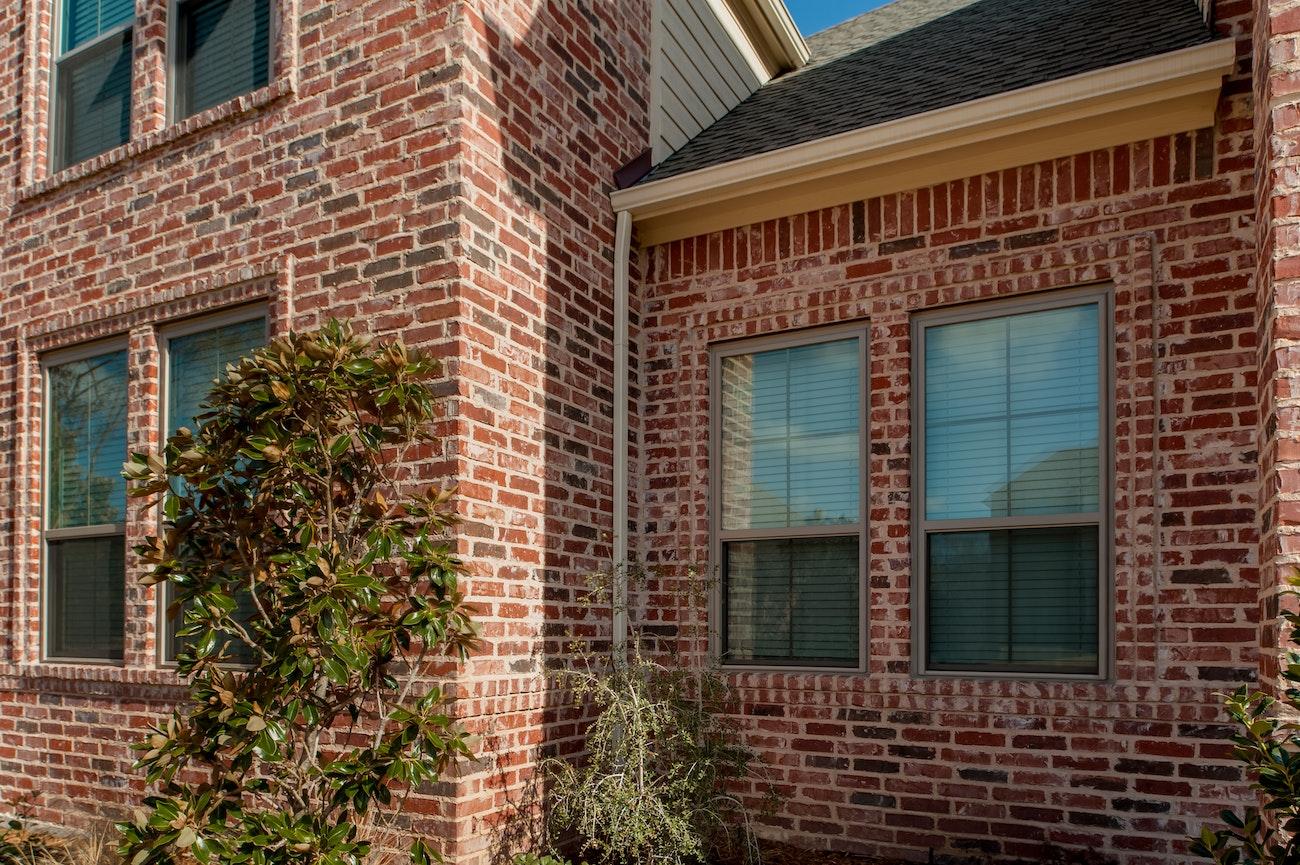 brennan-traditions-4-single-hung-window