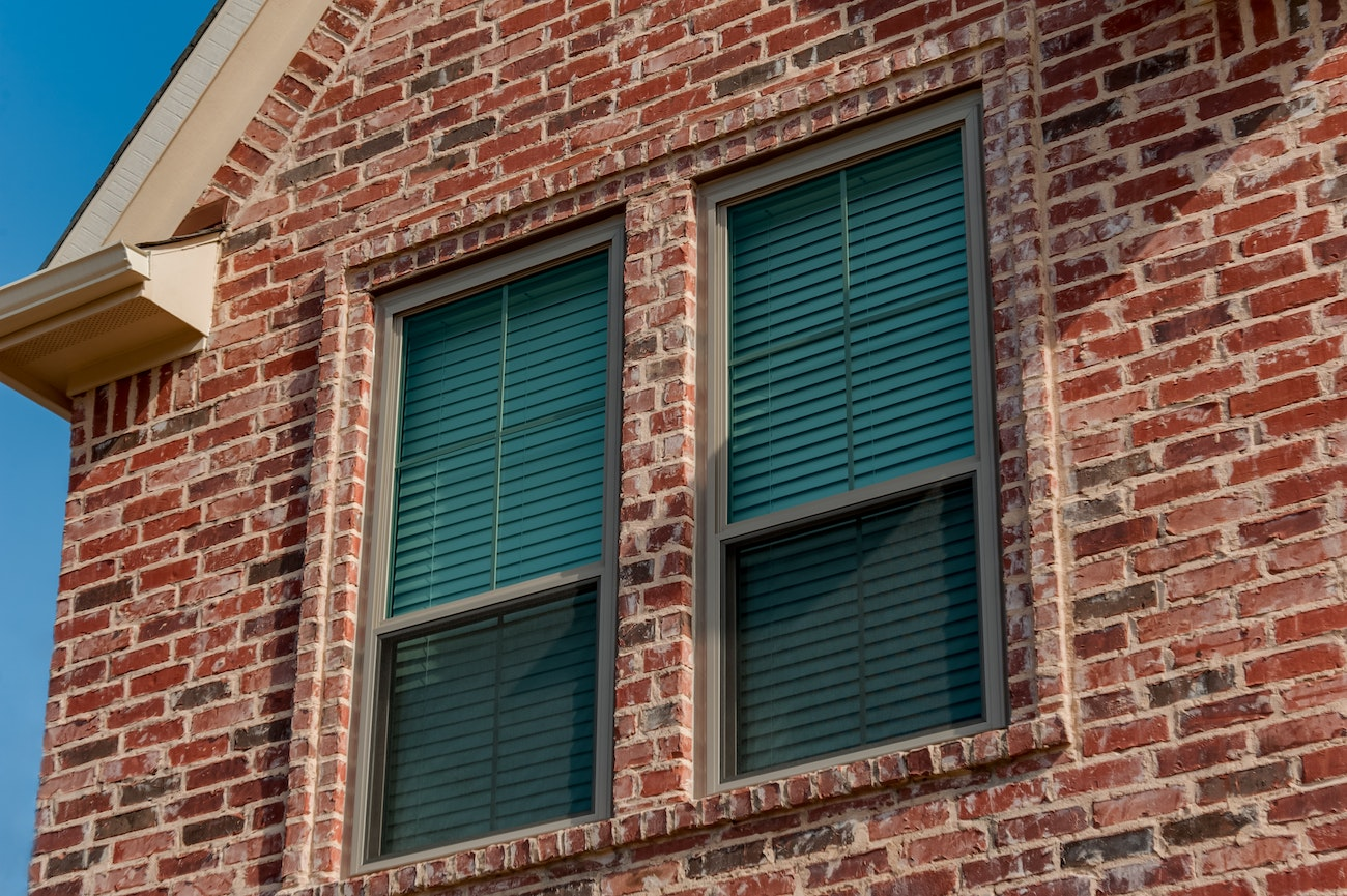 clay-brennan-traditions-double-double-hung-windows