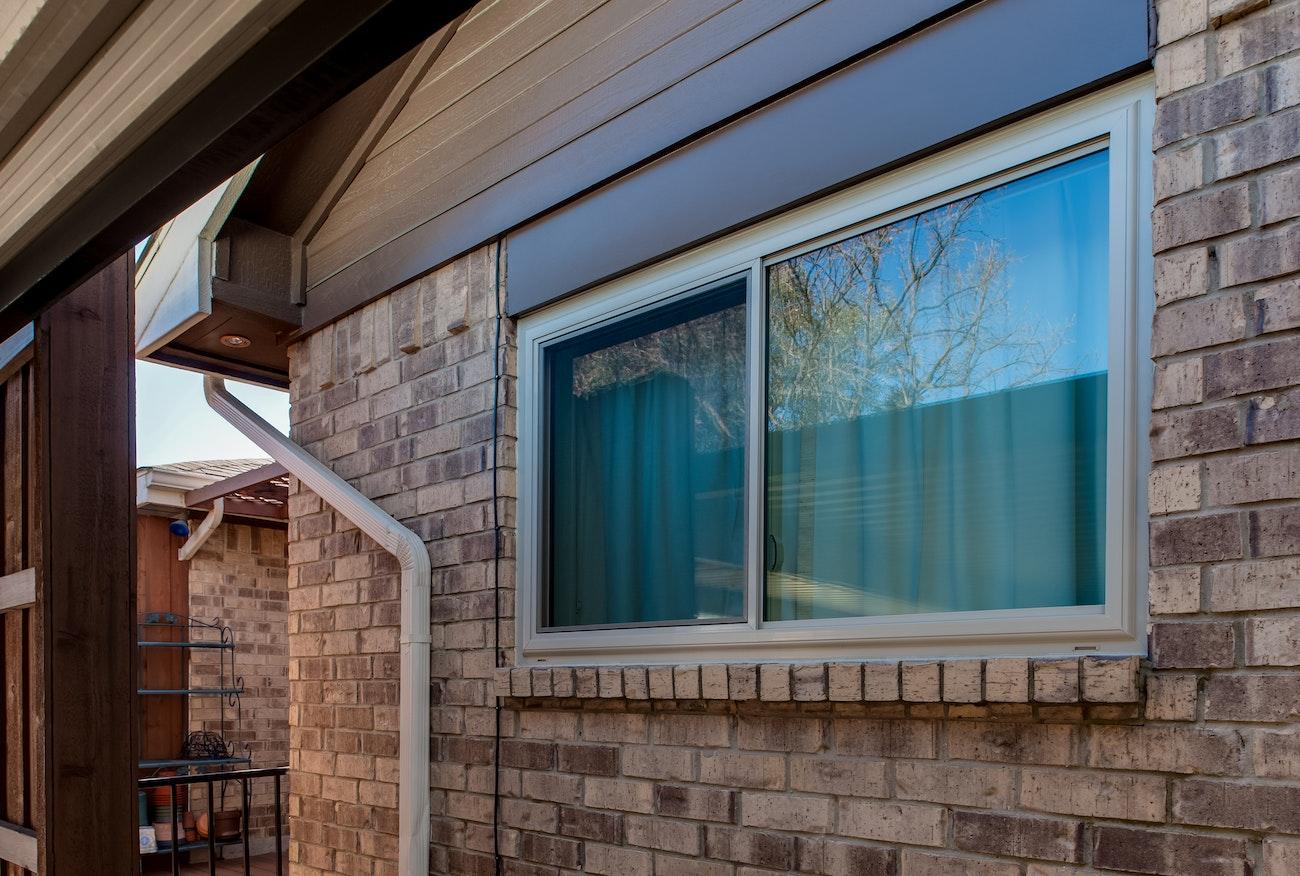 brennan-traditions-sliding-window